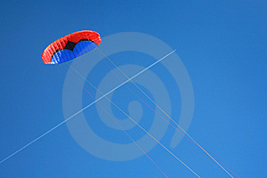 Red Blue Power Kite Royalty Free Stock Image - Image: 7849986