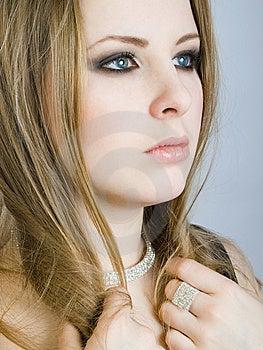 Portrait Of Beautiul Girl Royalty Free Stock Photos - Image: 7911198