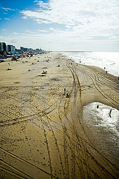 Sunny Beach Royalty Free Stock Images - Image: 7928879