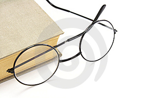 Book And Glasses Royalty Free Stock Photography - Image: 7943617