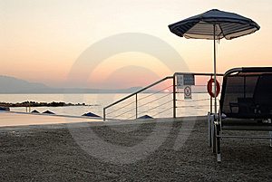 Solitary Shore Royalty Free Stock Photos - Image: 7970938