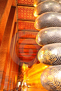 The Reclining Buddha Of Wat Pho. Royalty Free Stock Images - Image: 7976809