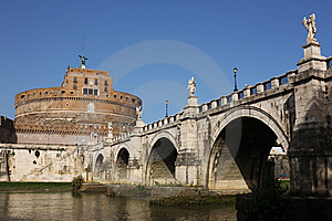 San Angelo Bridge And Castle In Rome,Italy Stock Images - Image: 7988094