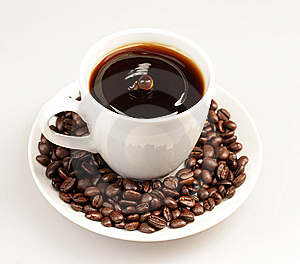 Drop In The Midlle Of Coffee Cup Stock Photos - Image: 7990983