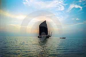 Hongze Lake Yacht Ancient China Stock Photo - Image: 8012220