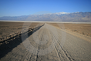 Desert Dirt Road Royalty Free Stock Photo - Image: 8017325