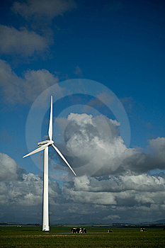Electricity 002 Royalty Free Stock Image - Image: 8059766