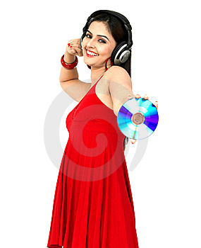 Femme Appréciant La Musique Image stock - Image: 8067461
