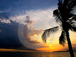 Evening Sky On Pataya Beach Royalty Free Stock Image - Image: 8078046