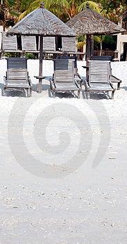 Skugga På Strand Royaltyfri Fotografi - Bild: 817097