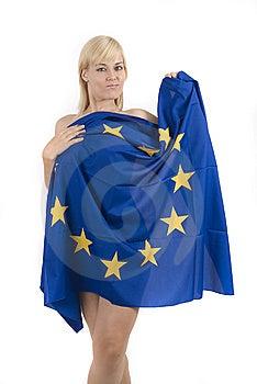 Blond Europeisk Flaggakvinna Arkivfoto - Bild: 8136390