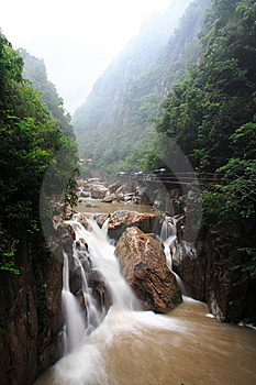 Waterfall Royalty Free Stock Images - Image: 8176239