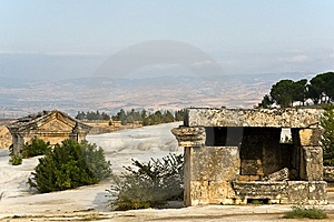 Ruins, Vault In Pamukkale Royalty Free Stock Photo - Image: 8190495