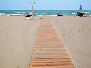 Footbridge To The Beach Stock Photography - Image: 820652