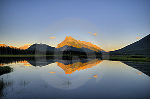 Mountain Lake At Dawn Stock Photo - Image: 8212890