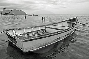 Kaneohe Bay Boat Stock Photo - Image: 8224900