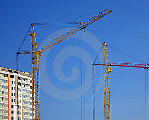 Cranes And Building Construction Royalty Free Stock Images - Image: 8236039