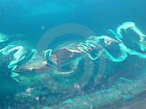 Wave Formation Around Island Stock Photo - Image: 8289720