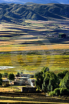 Day View Of Bamei Village At Yunnan Province China Stock Photos - Image: 8295173