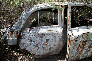 VINTAGE CAR WRECKAGE Royalty Free Stock Photos - Image: 832008