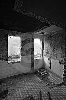 Abandoned Old House Stock Photo - Image: 8316360
