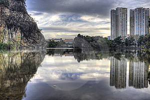 Bukit Batok Town Park (Little Guilin) Of Singapore Stock Image - Image: 8327951