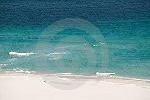 Reconstrucción En La Playa Sola Fotografía de archivo libre de regalías - Imagen: 8331257