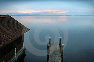 House On The Lake Stock Photography - Image: 8345292