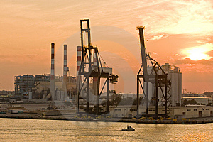 Industry And Freight At Dawn Royalty Free Stock Photography - Image: 8345507