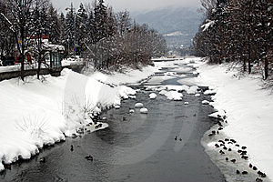Winter River Royalty Free Stock Images - Image: 8351449