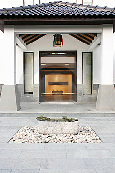 Villa Entrance Royalty Free Stock Photography - Image: 8354787