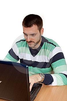 Trabajo Con El Ordenador Portátil Fotografía de archivo - Imagen: 8362172