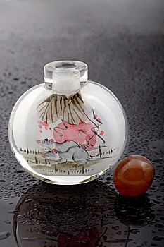 Snuff Bottle Royalty Free Stock Photography - Image: 8395427