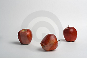 3 Red Apples Royalty Free Stock Images - Image: 8397429