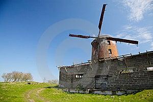 Wind-turbine Stock Images - Image: 8400504