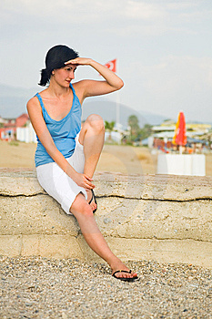 Young Women Looking Away Stock Photos - Image: 8406663