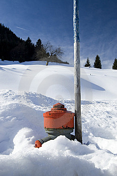 Hydrant In The Snow Stock Photography - Image: 8414082