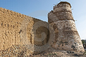 Ancient Arabic Tower And Wall Royalty Free Stock Image - Image: 8414436