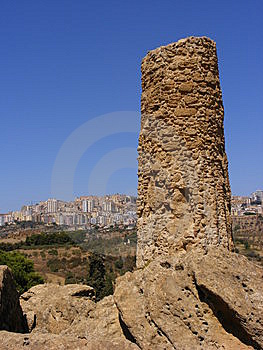 Agrigento Sicily-greek Temple Ruins Stock Photos - Image: 8415173