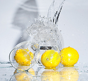 Lemon With Water Royalty Free Stock Photography - Image: 8417397