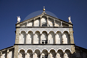 Cathedral Facade In Tuscany Royalty Free Stock Photos - Image: 8418358