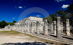 The Temples Of Chichen Itza Temple Stock Image - Image: 8425071