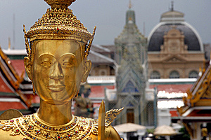 Golden Guard Statue Royalty Free Stock Photos - Image: 8440258