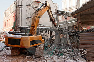 Heavy Dredger Demolishes Building Stock Photo - Image: 8443590