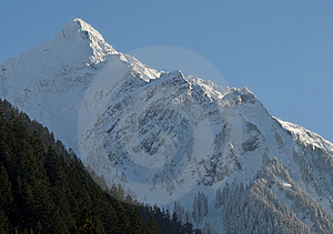 Lofty Winter Mountain Royalty Free Stock Images - Image: 8458019
