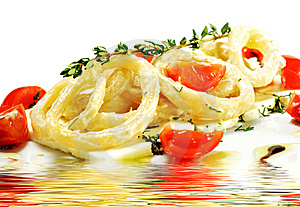 Salad With Calamari Rings And Tomato Stock Images - Image: 8465564