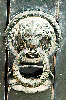 Lion Doorknocker Stock Photo - Image: 8475270