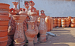 Earthen Pots Stock Photos - Image: 8479263