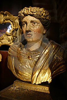 Ancient Woman Bust Royalty Free Stock Image - Image: 8479496