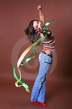 La Jeune Belle Fille Pendant Des Loisirs Actifs Images stock - Image: 8498074